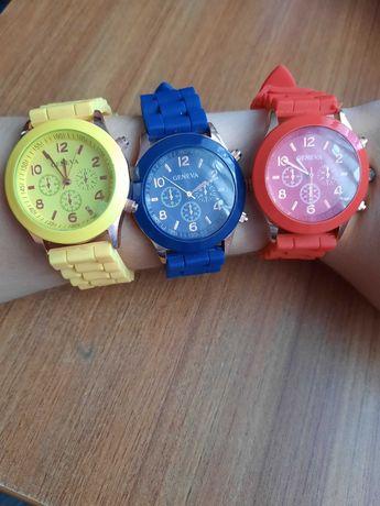 Zegarki damskie z silikonowym paskiem