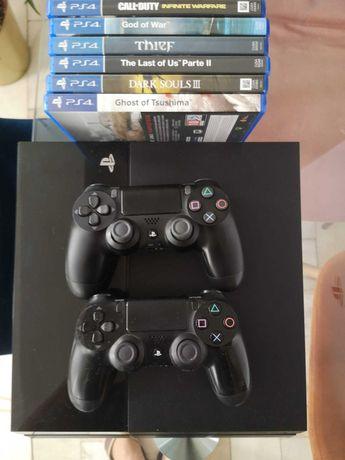Playstation 4 - 500 GB + 2 comandos + Jogos