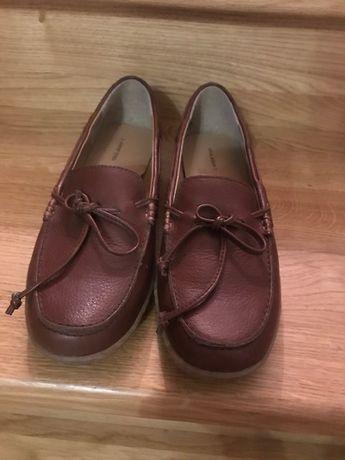 Жіноче взуття lands end