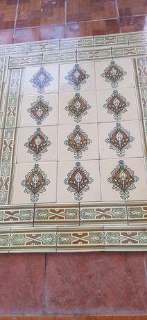Antigos azulejos  ART Déco.