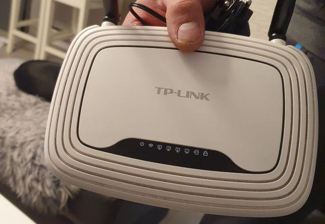 Router TP-LINK TL-WR841N