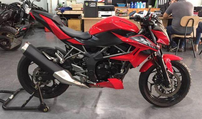Продам мотоцикл Кавасаки-250кубов