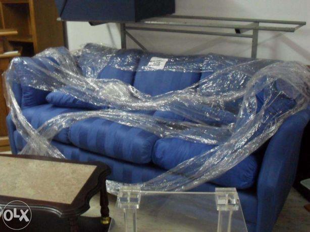 Sofá azul impecável de 3-4 lugares 2.20*1.15m