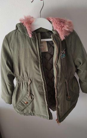 Kispo casaco inverno verde e pêlo rosa primark