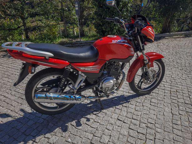 Moto Jiashe 125cm³