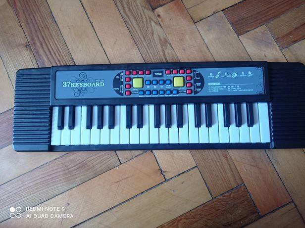 Синтезатор дитячий BX1644A (37 клавіш)