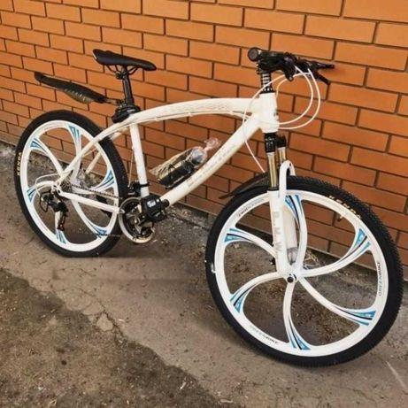 """Супер комплект! Велосипед BMW Бeлый, Чeрный нa литыx диckax 26"""" W0007"""