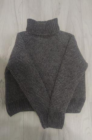 Велюровый женский свитер
