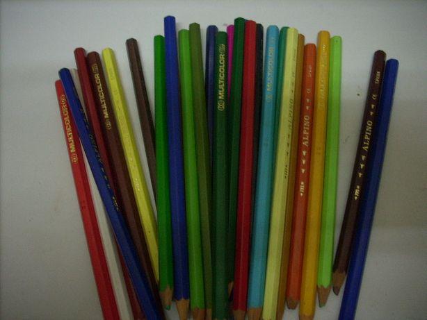 Lote de 30 Lápis de cor várias marcas