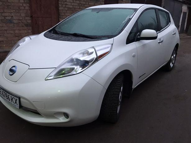 Nissan Leaf SE 2013