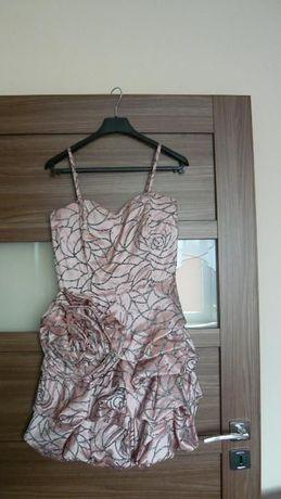 Elegancka sukienka firmy Pretty Woman