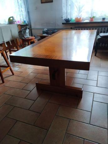 duży stół kuchnia jadalnia