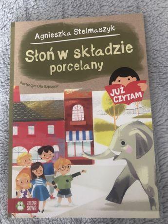 Słoń w składzie porcelany JUZ CZYTAM Agnieszka Stelmaszyk Zielona Sowa