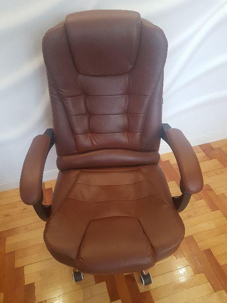 Fotel biurowy obrotowy jasny brąz