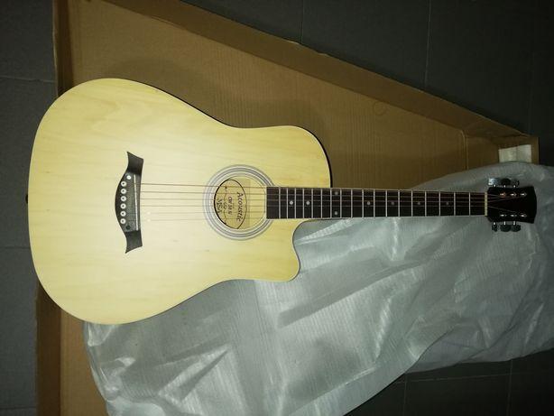 Guitarra acústica de cordas de aço