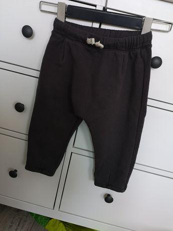 Zara spodnie 98 dzianina