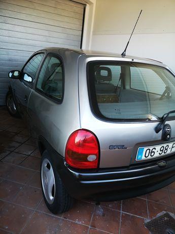 Opel Corsa B citadino