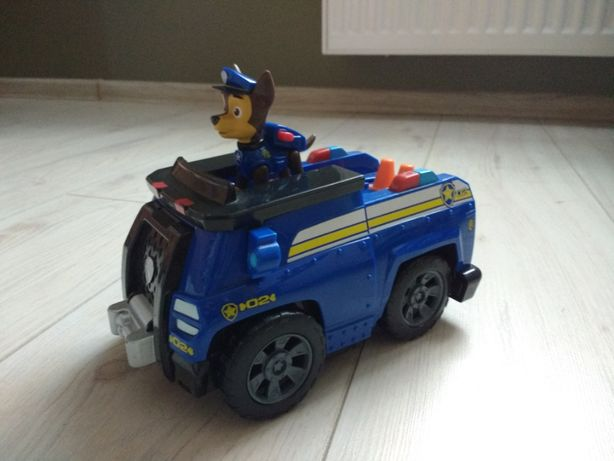 Chase z radiowozem Psi Patrol