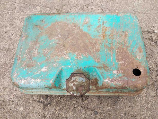 Топливный бак на трактор ЮМЗ-6.