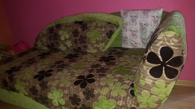 Kanapa.. łóżko..