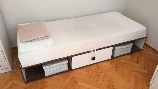 Rozkładany tapczan z pojemnikiem łóżko jednoosobowe 90 x 200 cm