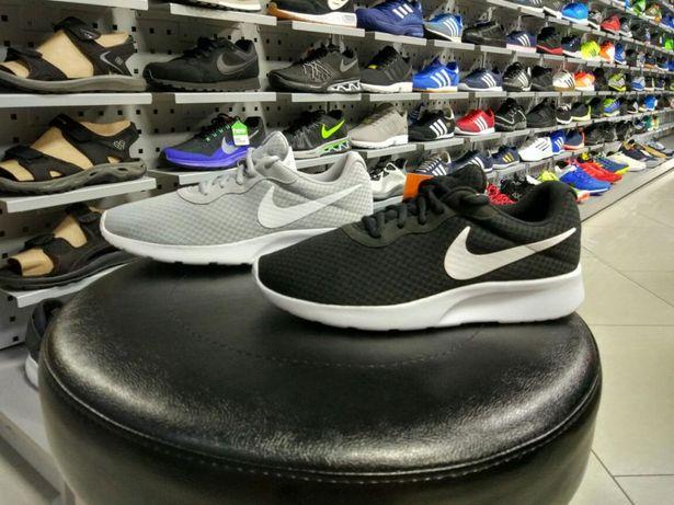 Оригинальные кроссовки Nike Tanjun812654-011 812654-010