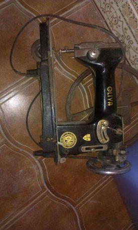 Maquina de costura Oliva