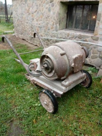 Silnik 8kW, 400V
