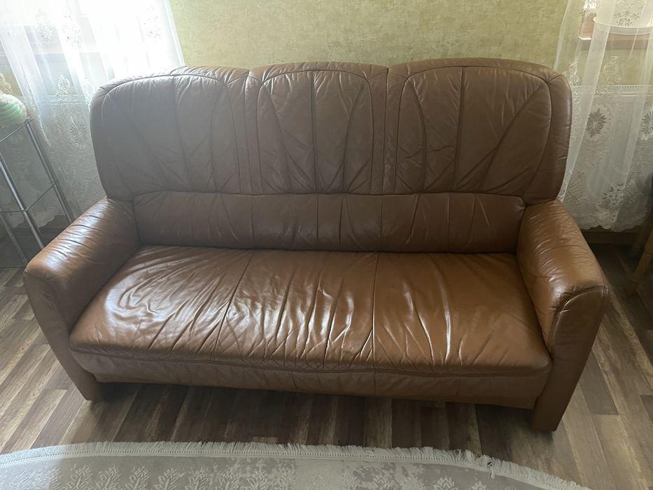 Продам кожаний диван , в хорошому стані Мукачево - изображение 1