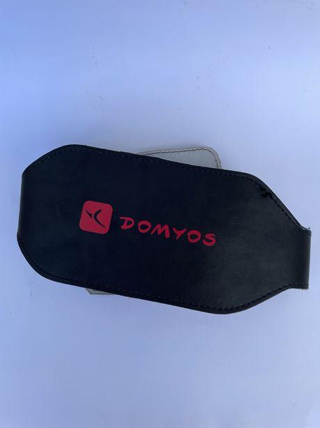 Cinto preto para musculação em couro M (Domyos)