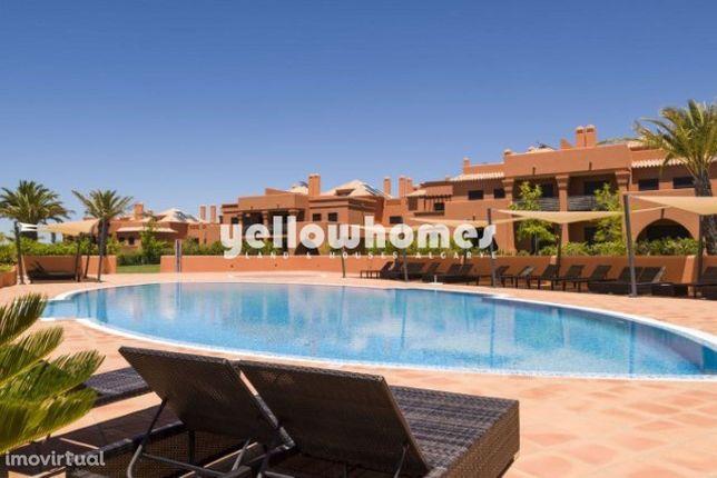 Apartamento moderno T2 num luxuoso resort de golfe perto de Alcantarilha