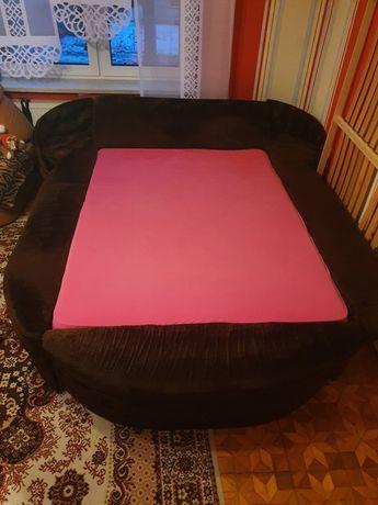 Łóżko sypialniane duże