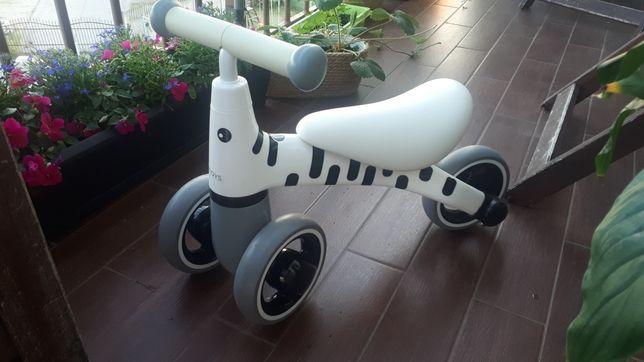 Rowerek biegowy zebra trzykołowy dziecięcy rower