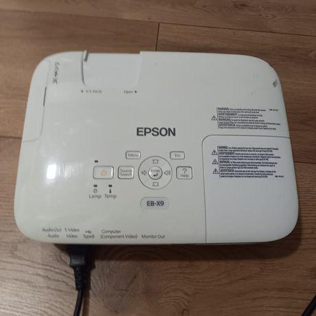 Projektor Epson  EB-X9