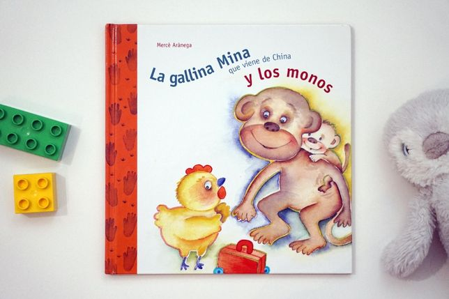 """""""La gallina Mina que viene de China"""" książeczka po hiszpańsku"""