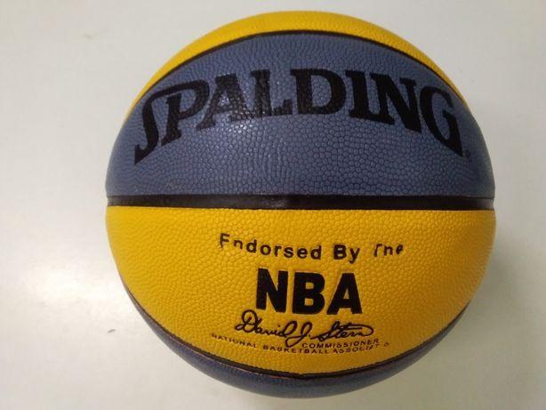 Мяч баскетбольный SPALDING 7 новые