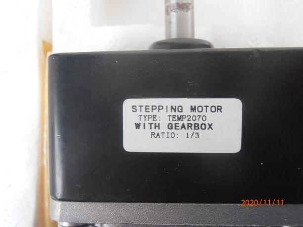 Silnik krokowy 2-fazowy z reduktorem TEMP2070
