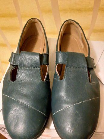 Легкие женские кожаные туфли бренда Hotter на липучке 39 р.