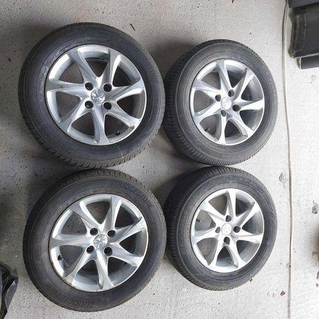 Alufelgi 15 cali Peugeot 208 KPL Koła z oponami 206 207 C3 308 C4 307