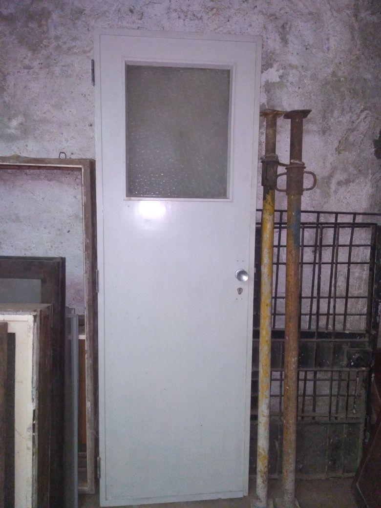 Porta de madeira  interior 67,5*204