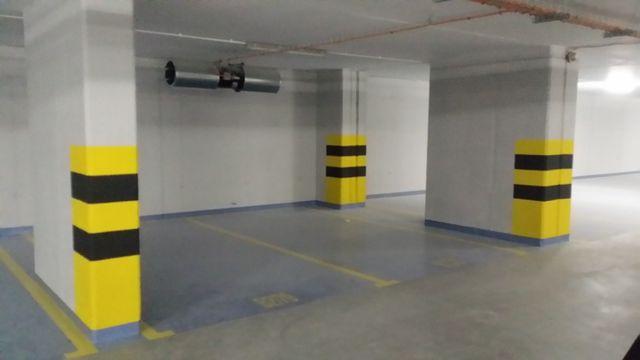Podziemne miejsce parkingowe przy ulicy Rejmonta 10G