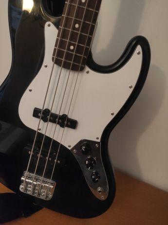 Kit Baixo Elétrico Fender Squier Afinnity Jazz IL BK