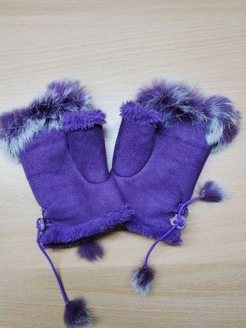 Митенки с кроликом + перчатки.