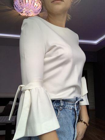 Bluzka ecru 36 Orsay z bufiastymi rekawami