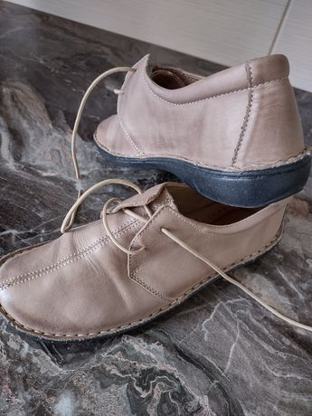 Buty damskie skórzane róż 40