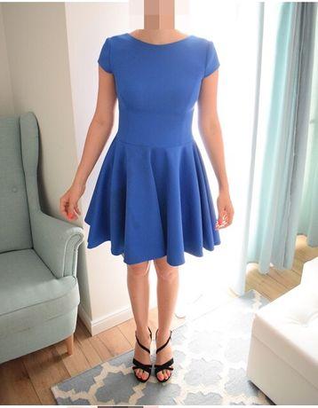 Niebieska chabrowa sukienka XS S rozkloszowana