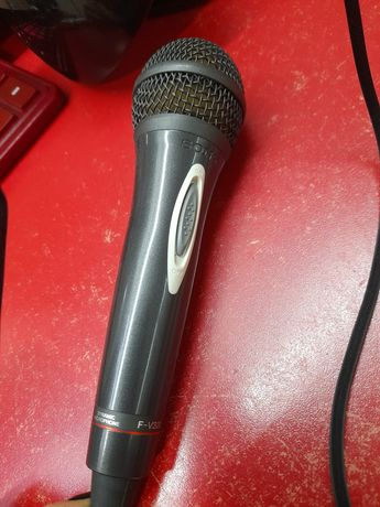 Продам микрофон sony F-V320