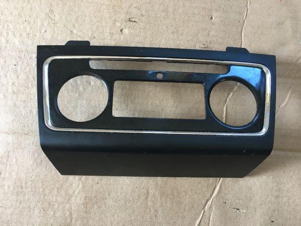 Ramka panelu klimatyzacji Skoda Superb 2 II