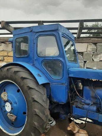 Трактор т.40.диски,плуг