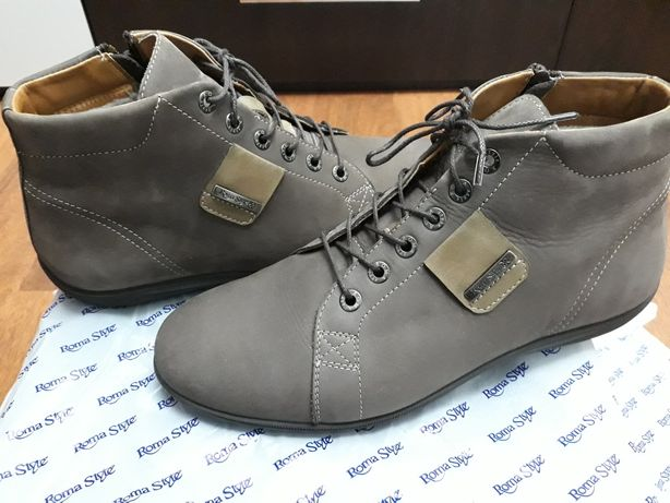 Продаю мужские зимние ботинки